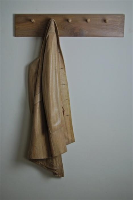 'Ceci n'est pas un Manteau' Oak. Full size