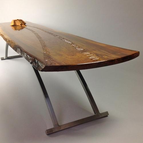 Horseshoe crab table - detail