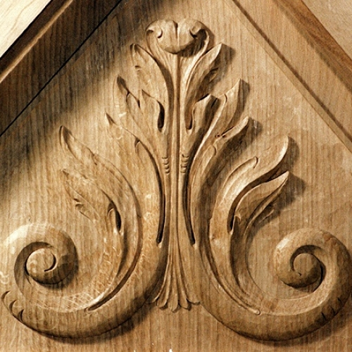 Acanthus Pediment. Oak. H 24in